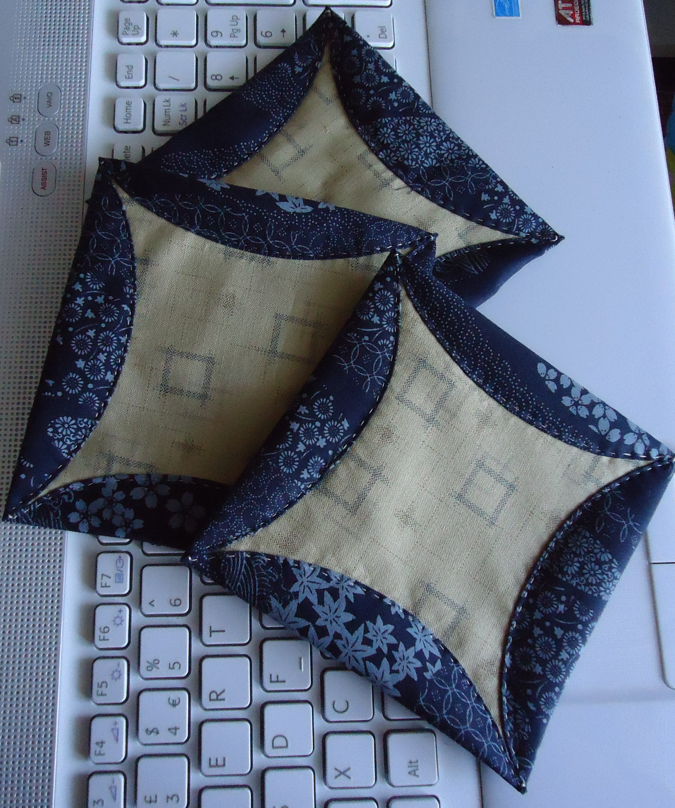 Japanese Folded Patchwork | Lucie The Happy Quilter's Blog | Page 2 : folded quilt blocks - Adamdwight.com