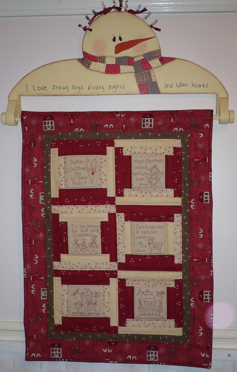 plans for wooden quilt hanger