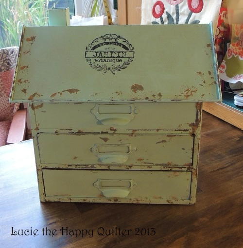 Happy Quilter Shabby Chic Storage