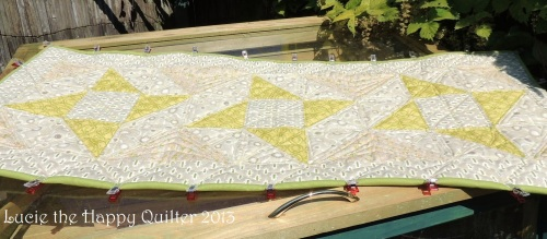 Friendship Star Table Runner quilted