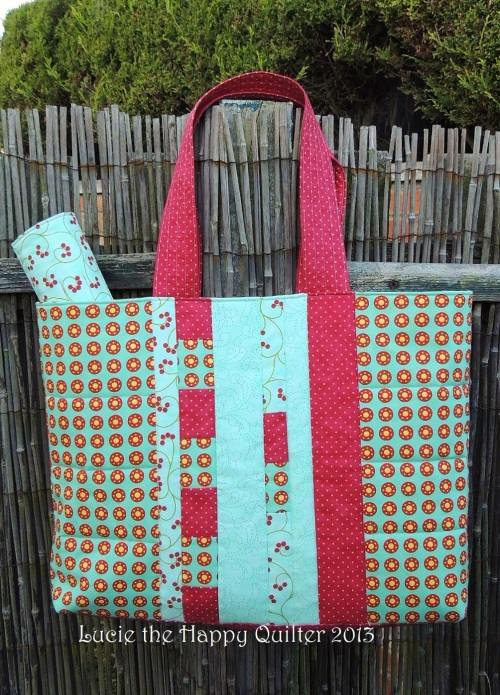 Knitting bag quilted back side