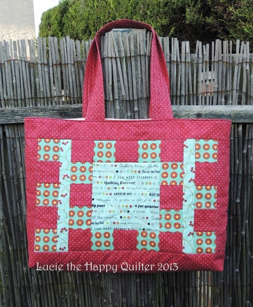 Knitting bag quilted front side