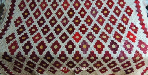 February | 2016 | Lucie The Happy Quilter's Blog : finishing a hexagon quilt - Adamdwight.com